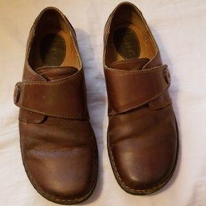 Boc leather shoes